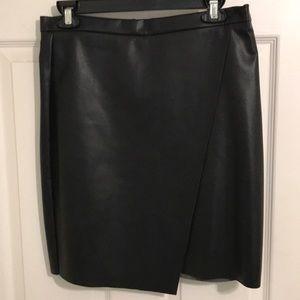 NWT H&M pleather vegan leather skirt size 10 $30